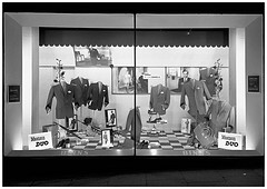 Binns Ltd., Newcastle window display 1960